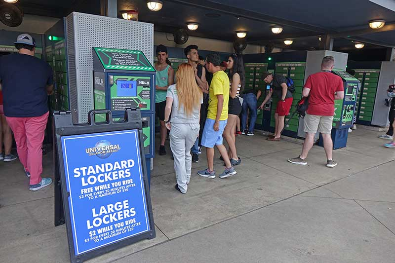 Learn How to Use Universal Orlando Lockers for Rides