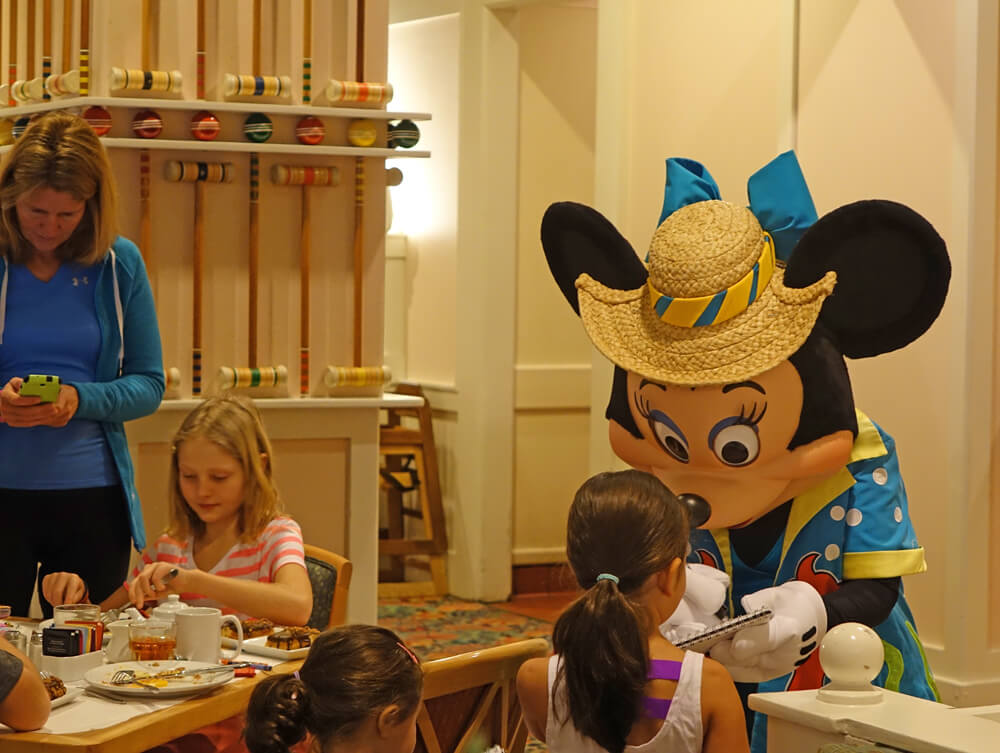 Disney World Dining Reservations - Minnie at Disney's Beach Club