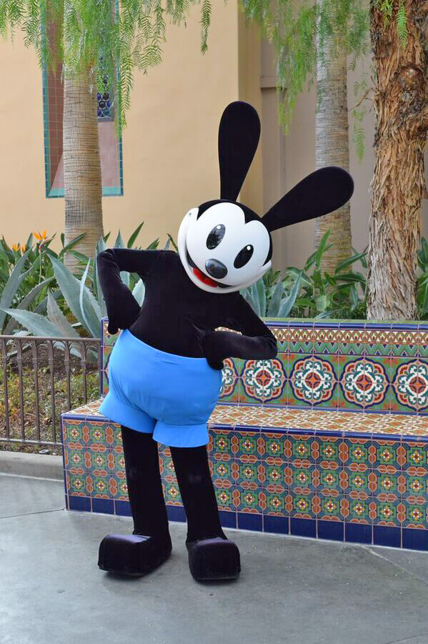 Disneyland Characters - Oswald the Lucky Rabbit : oswald the lucky rabbit costume  - Germanpascual.Com