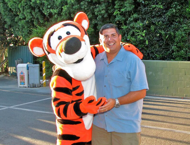 Tips on meeting your favorite disneyland characters disneyland characters tigger m4hsunfo