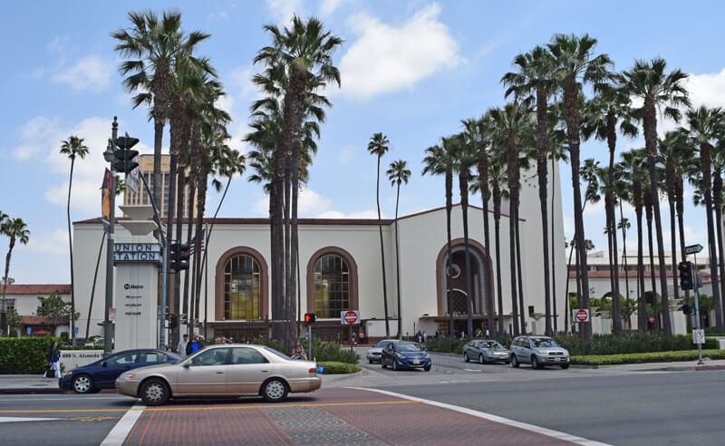 Public Transportation to Disneyland and Universal Studios Hollywood - Union Station