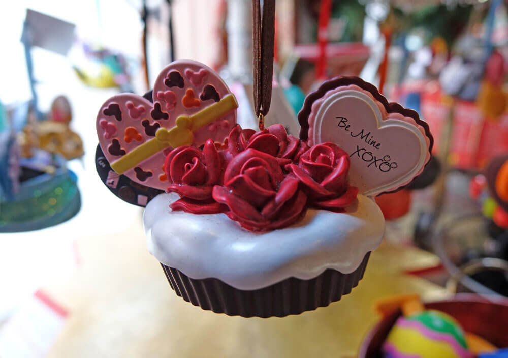 Disney World Engagement Tips - Valentine Ornament