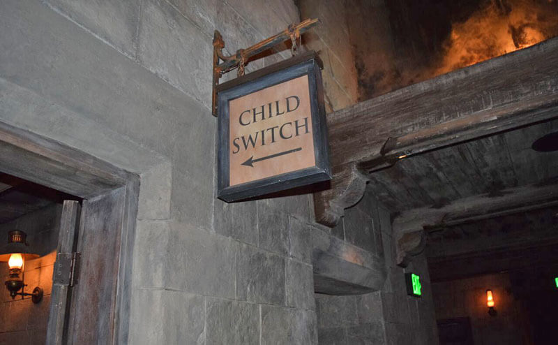 Manage Summer Crowds and Heat at Universal Studios Hollywood - Forbidden Journey Child Switch