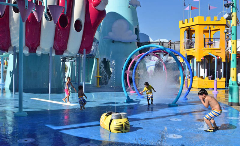 Manage Summer Crowds and Heat at Universal Studios Hollywood - Super Silly Splash Pad