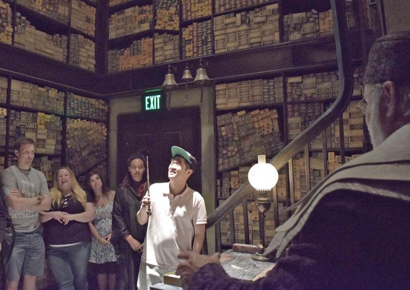Wizarding World of Harry Potter - Ollivanders Show