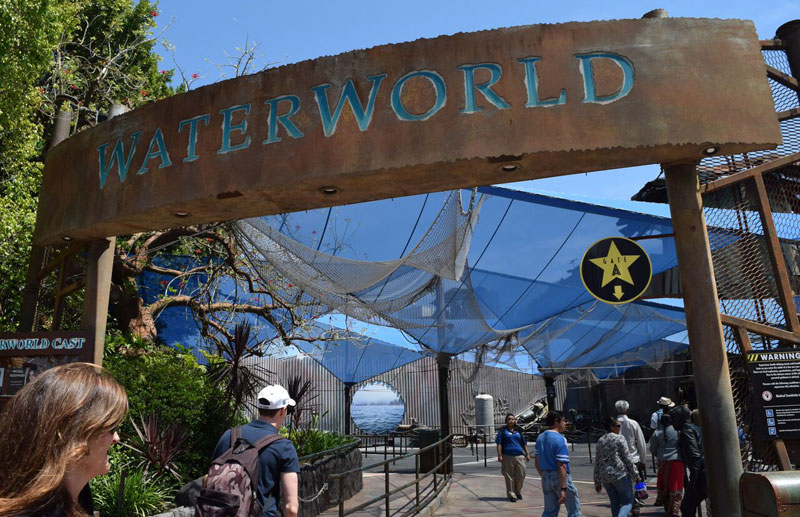 Manage Summer Crowds and Heat at Universal Studios Hollywood - Water World Entrance