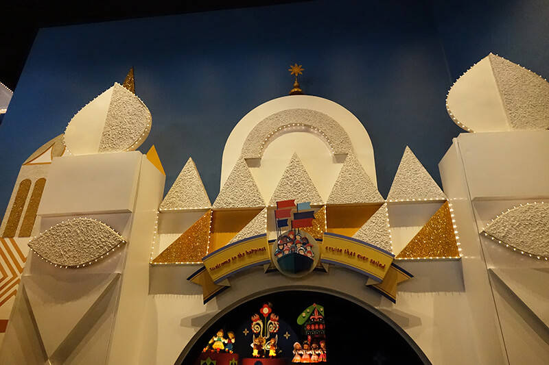 Beginning of It's a Small World