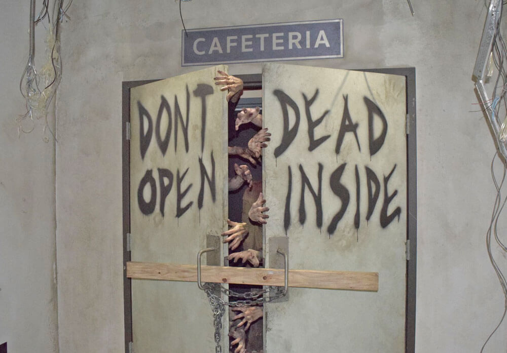 How to Survive the Walking Dead at Universal Hollywood