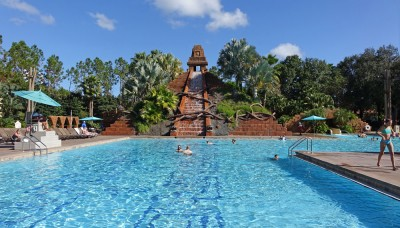 Najlepsze baseny Disney World - Lost City of Cibolo Pool w Disney's Coronado Springs's Coronado Springs