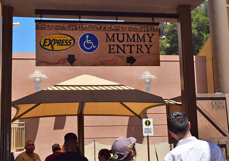 Universal Studios Hollywood Attraction Assistance Pass-queue