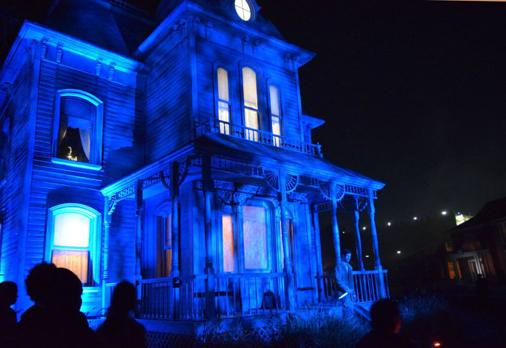 halloween horror nights hollywood 2017 bates motel