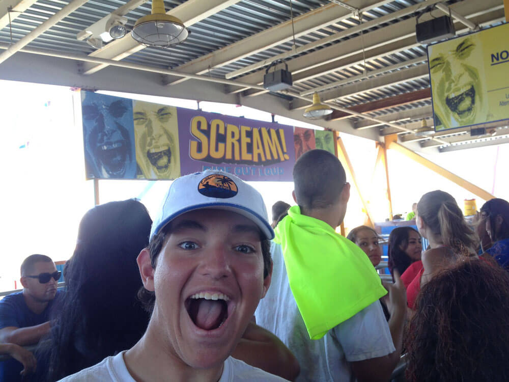 Best Seats on the Coaster at Six Flags Magic Mountain - Scream