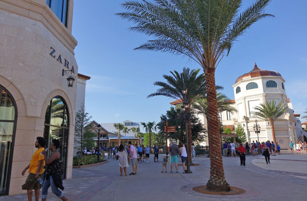 Disney Springs - Zara