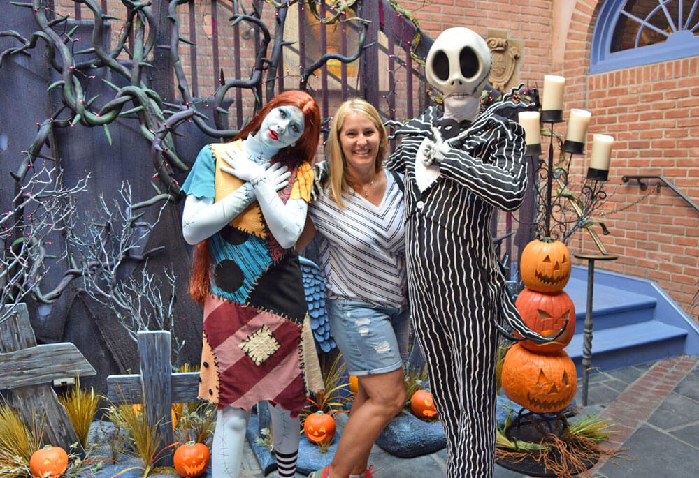 Disneyland Paris Halloween Party 2018.Ultimate Guide To Disneyland Halloween Time 2019