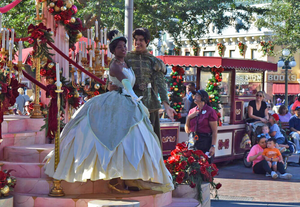 Surprise! We're Going to Disneyland! - Princess Tiana and Prince Naveen