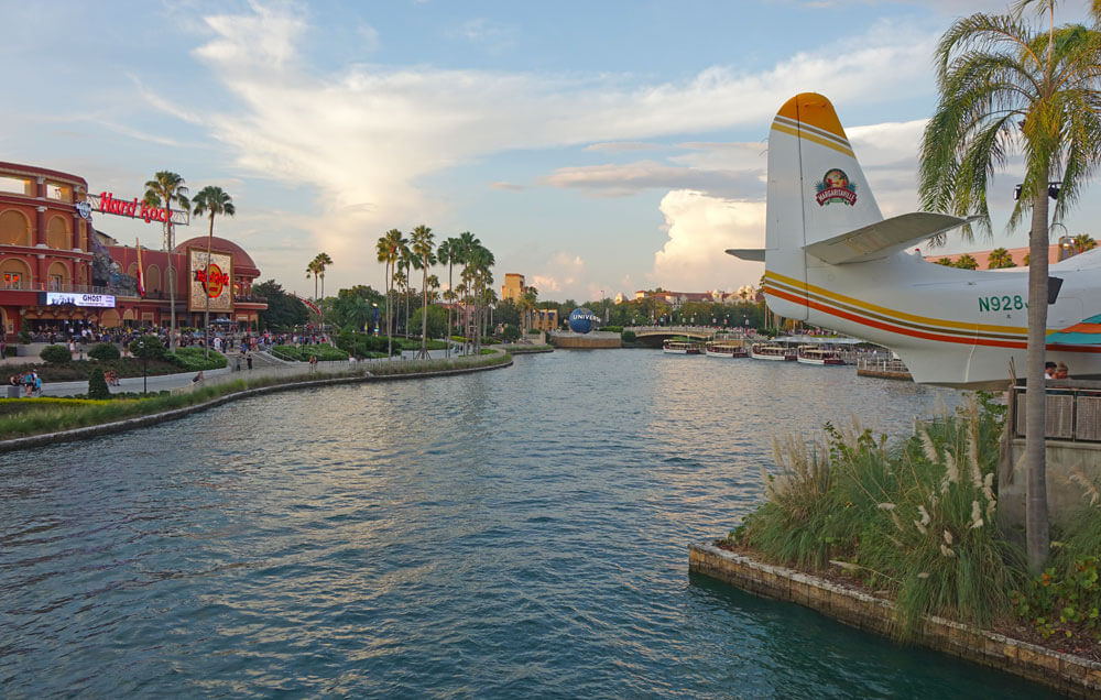 Choosing the Best Universal Orlando Ticket - Universal CityWalk
