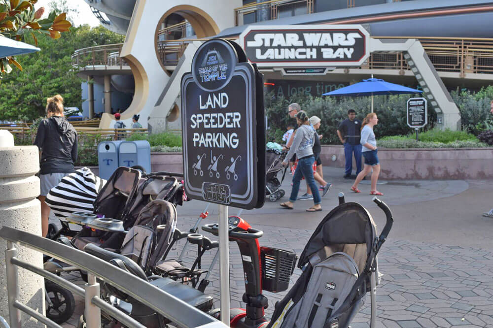 Top 10 Tips for Using a Stroller at Disneyland