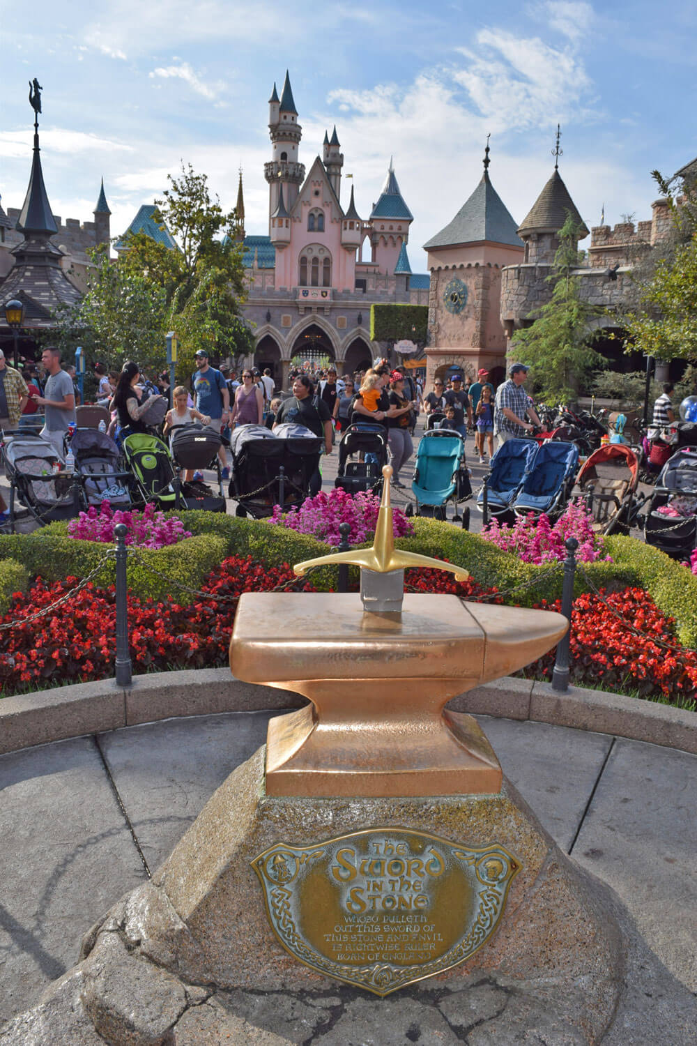 Tips for Using a Stroller at Disneyland