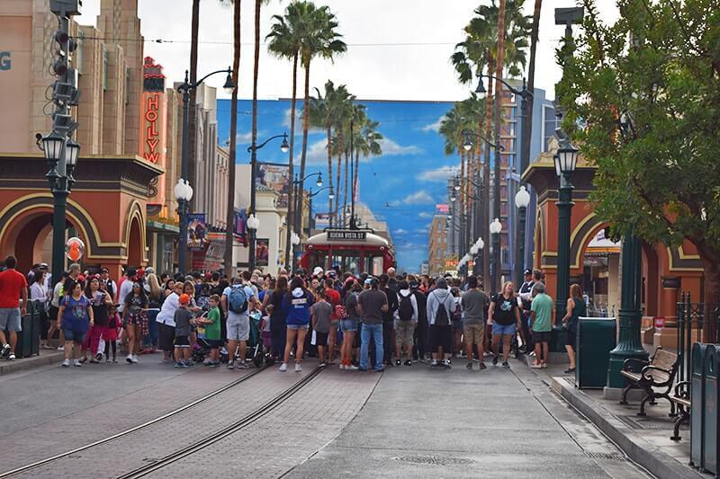 Disneyland Magic Morning - Rope drop