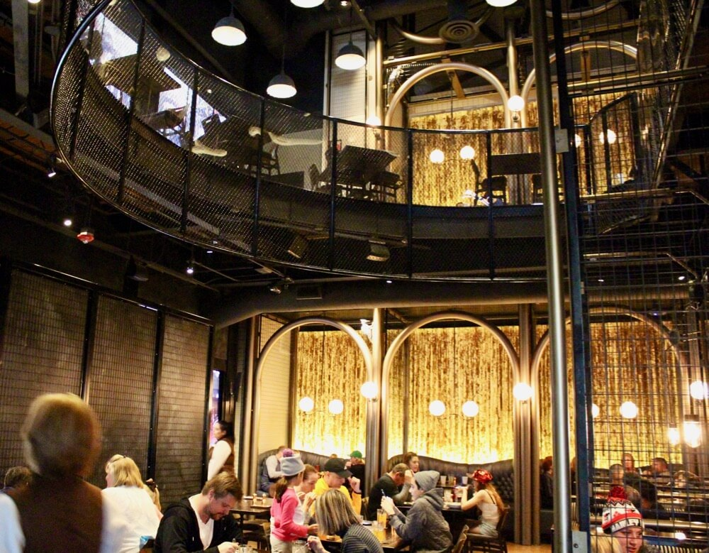 Toothsome Chocolate Emporium Review - Inside