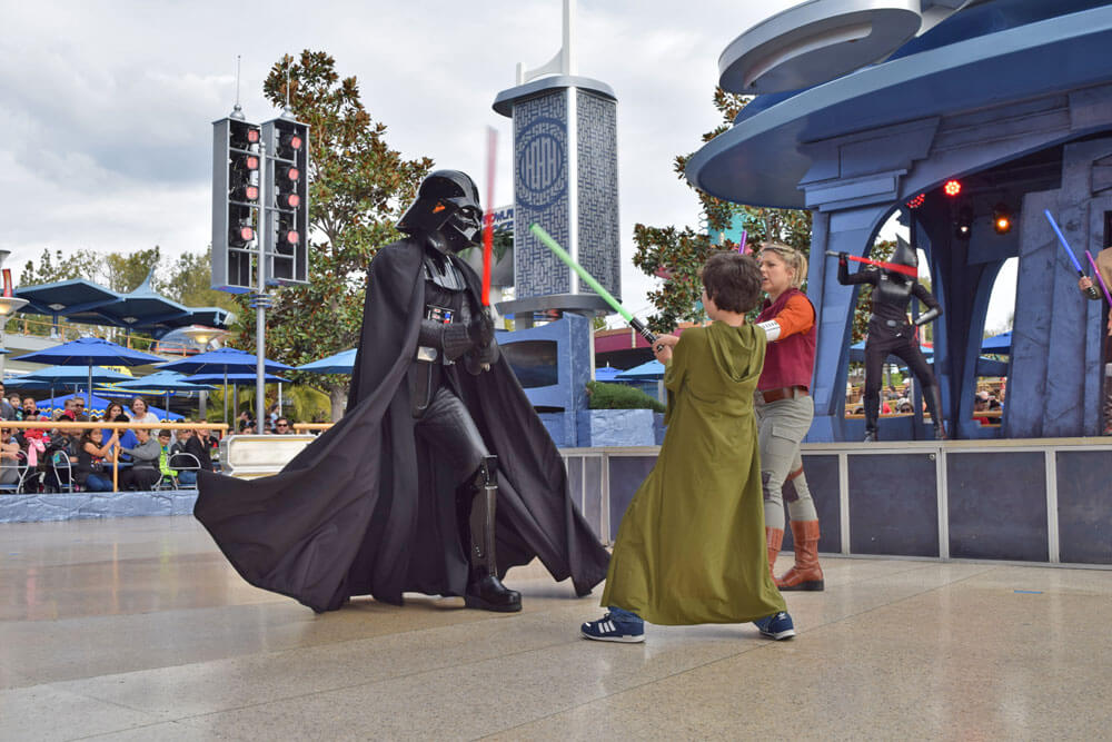 Disneyland Extra Magic Hour and Disneyland Magic Morning - Jedi Training