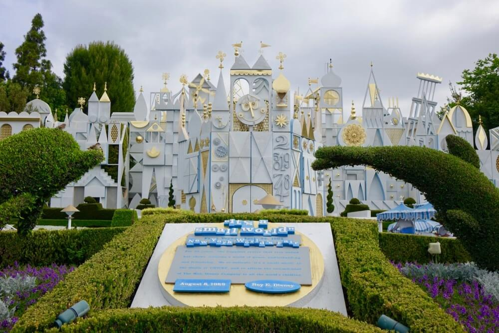 Best Time to Visit Disneyland in 2019 and 2020 - Small World Exterior