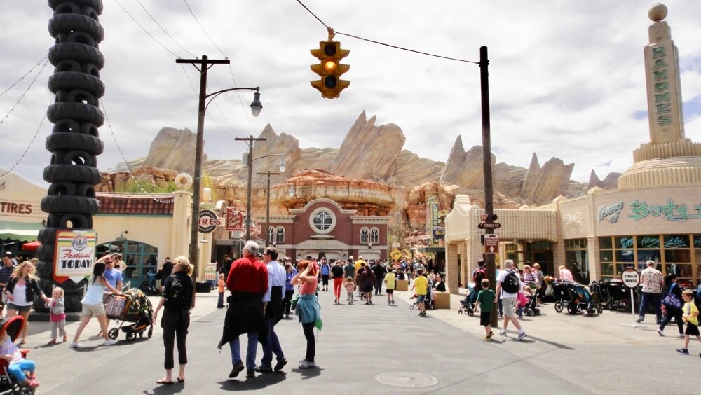 Best Time to Visit Disneyland in 2017 & 2018 - Cars Land