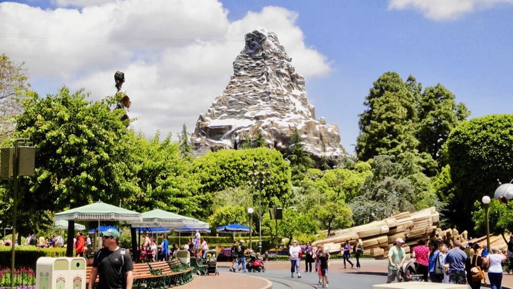 Best Time to Visit Disneyland in 2017 & 2018 - Matterhorn