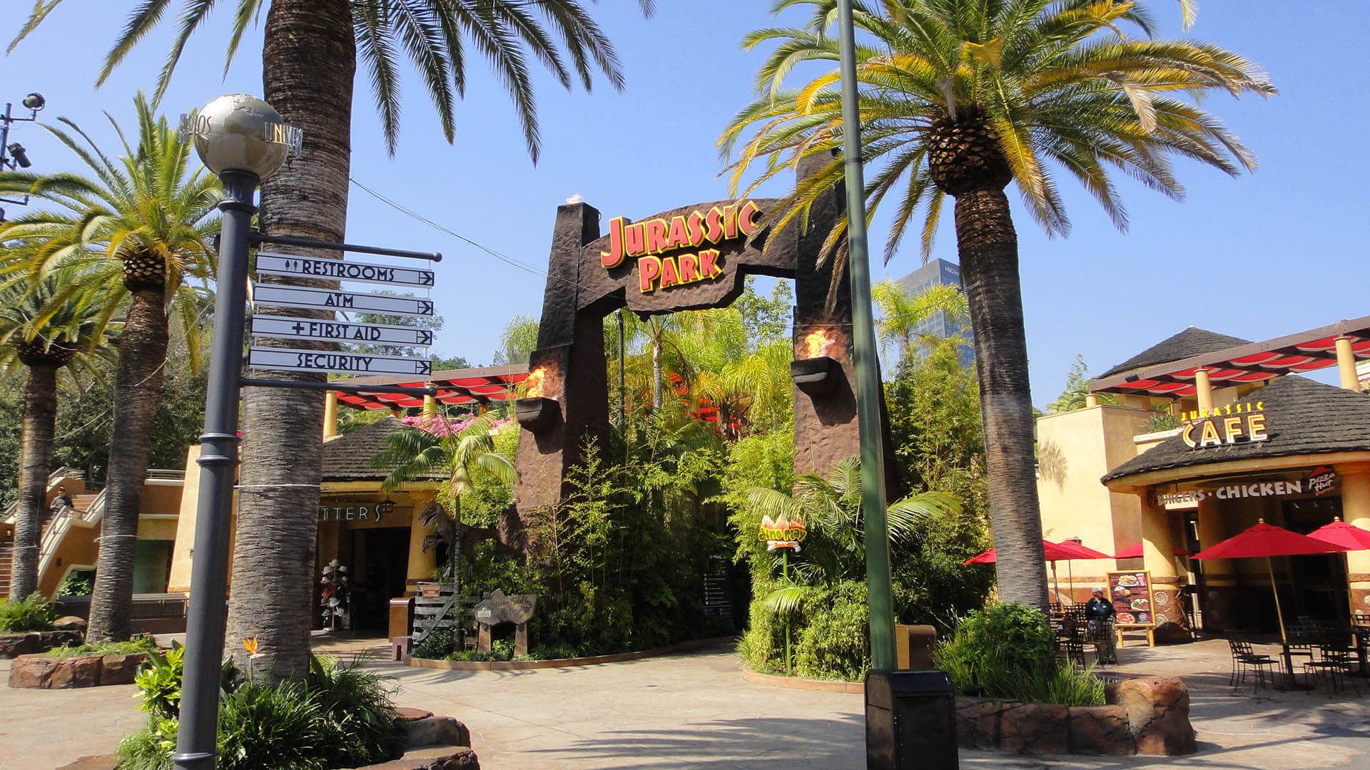 Best Time To Visit Universal Studios Hollywood - Jurrasic Park Gates