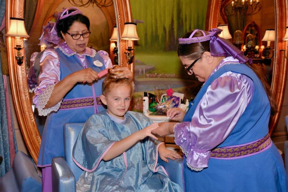 Bibbidi Bobbidi Boutique - Hair and nails