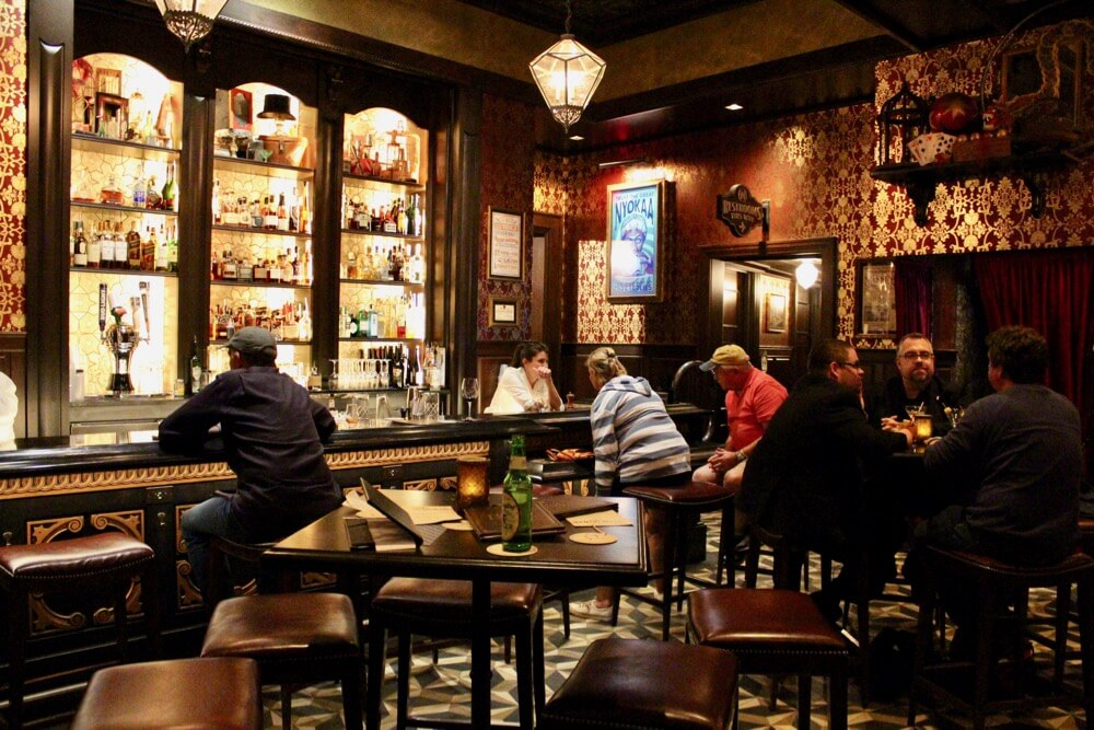 The 6 Best Bars and Lounges at Disney World - Abracadabar - Interior