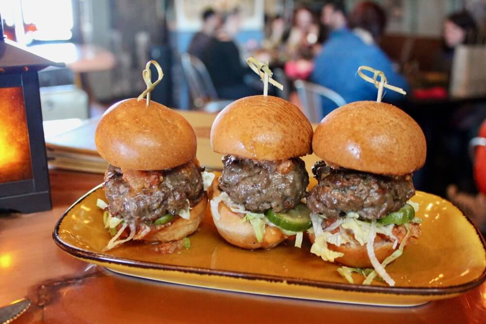 The 6 Best Bars and Lounges at Disney World - Jock Lindsey's - Boulder Sliders