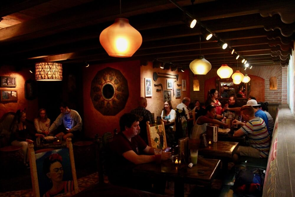 The 6 Best Bars and Lounges at Disney World - LaCava - Interior