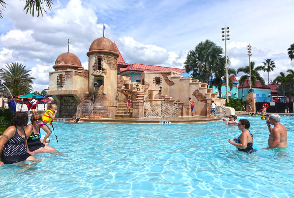 Disney Moderate Hotels - Disney's Caribbean Beach - Fuentes del Morro Pool