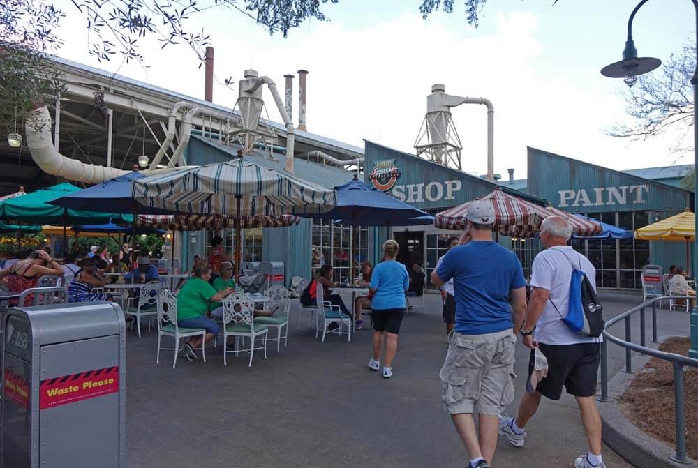 Disney's Hollywood Studios Dining - Backlot Express