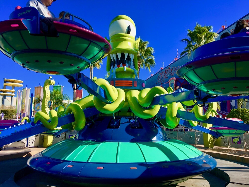 Overcoming Motion Sickness at Universal Orlando - Kang & Kodos