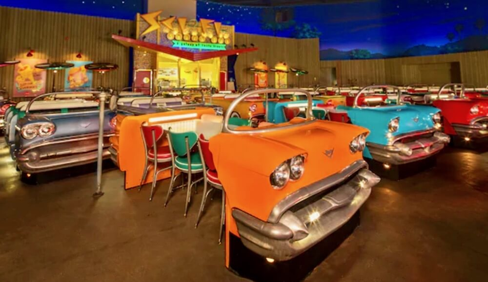 Disney's Hollywood Studios Dining - Sci-Fi Drive-In Theater