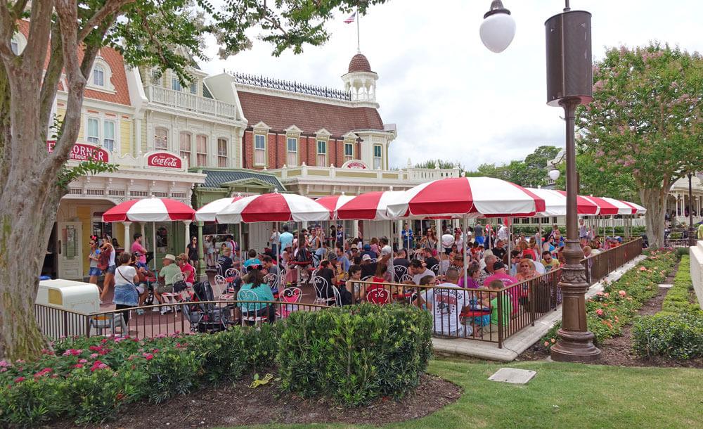 Disney World Spring Break - Casey's Corner