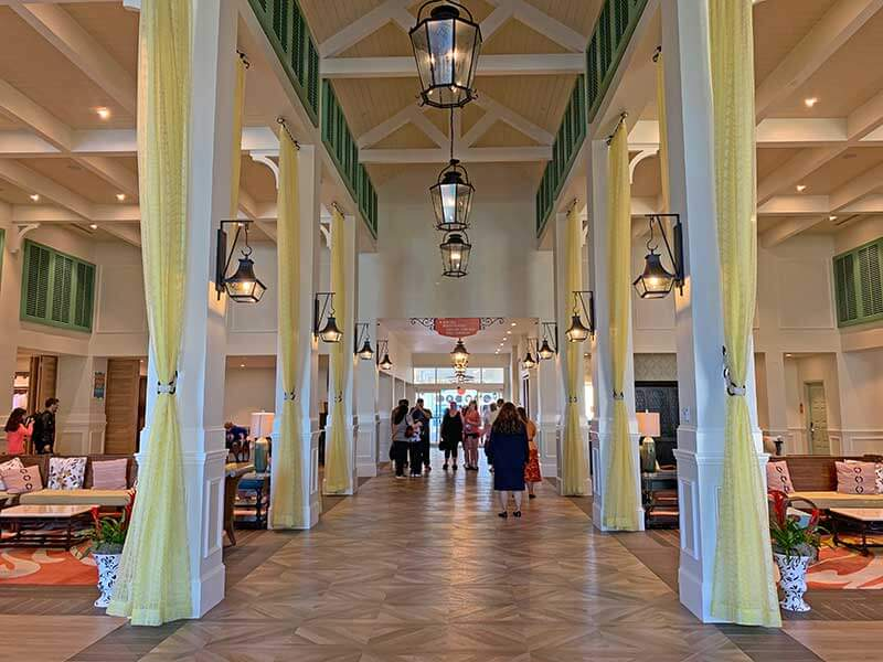 Choosing the Right Disney Moderate Resort Hotel - Beach Theming