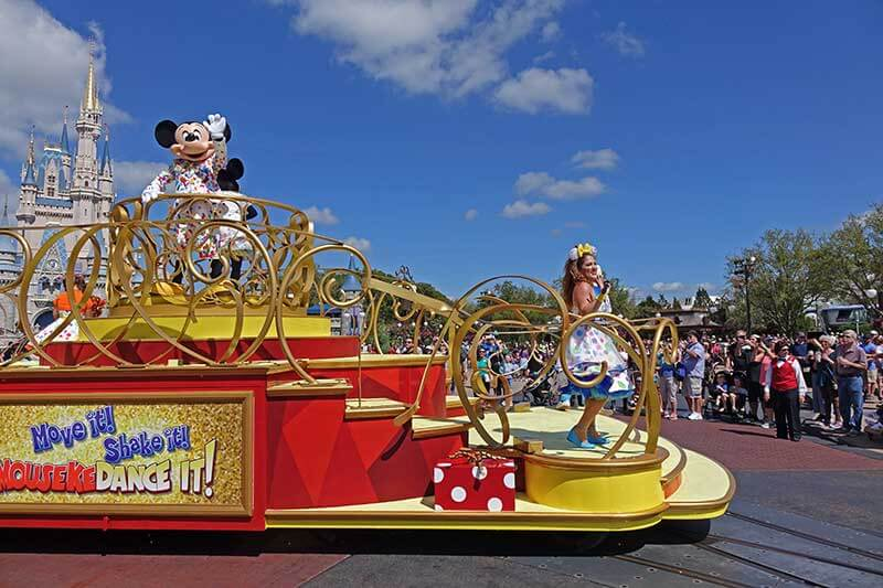 Everything You Need to Know About Disney World Characters - Dance Parties