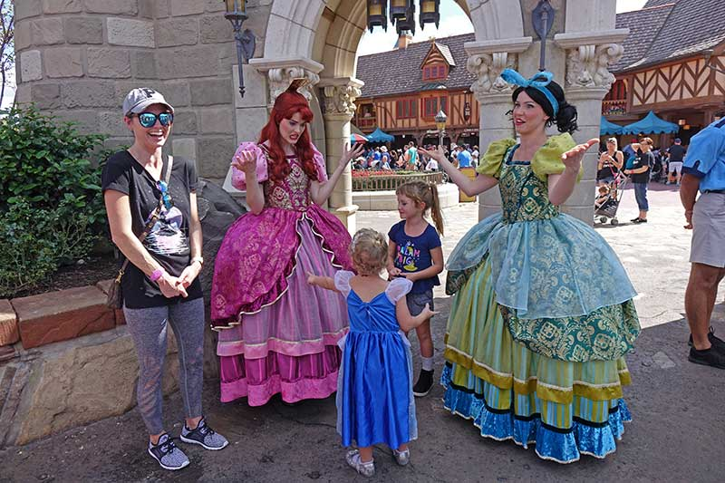 Everything You Need to Know About Disney World Characters - Tips and Tricks