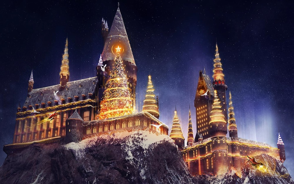 Holidays at Universal Orlando Resort - Christmas in The Wizarding World of Harry Potter - Hogwarts Castle at Christmas