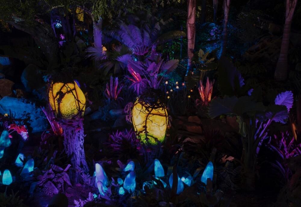 Pandora The World of Avatar - Pandora Glowing Plants