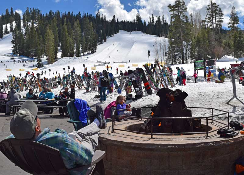 Best Tahoe Ski Resorts for Families - Apres Ski