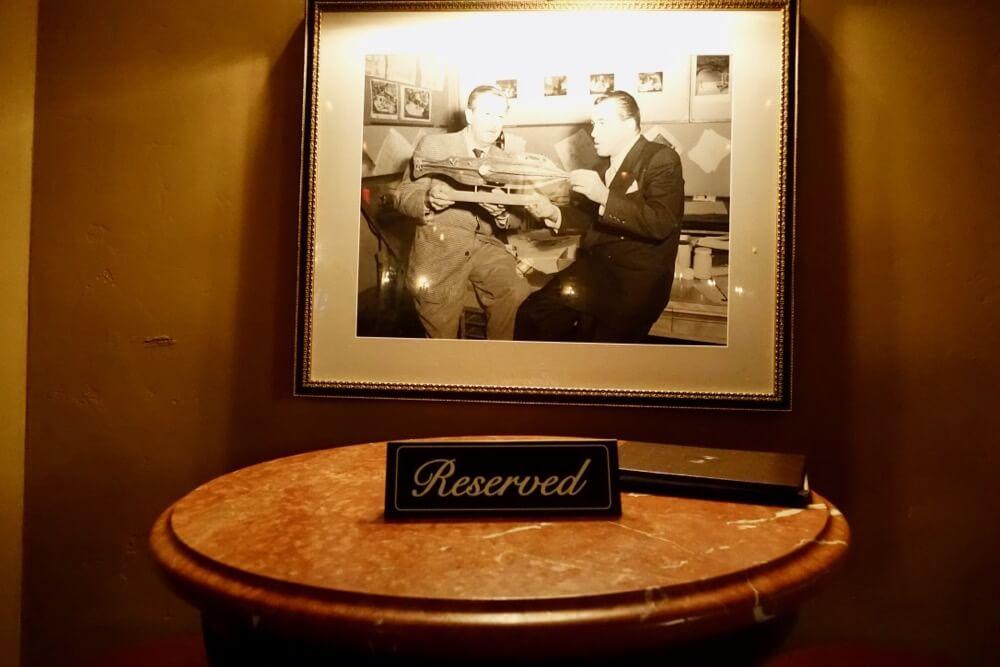 Best Bars and Lounges at Disneyland - Carthay Circle Lounge - Walt