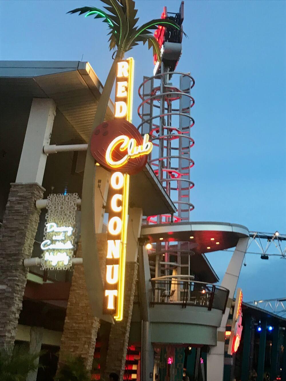 Universal CityWalk Orlando - CityWalk Red Coconut Club