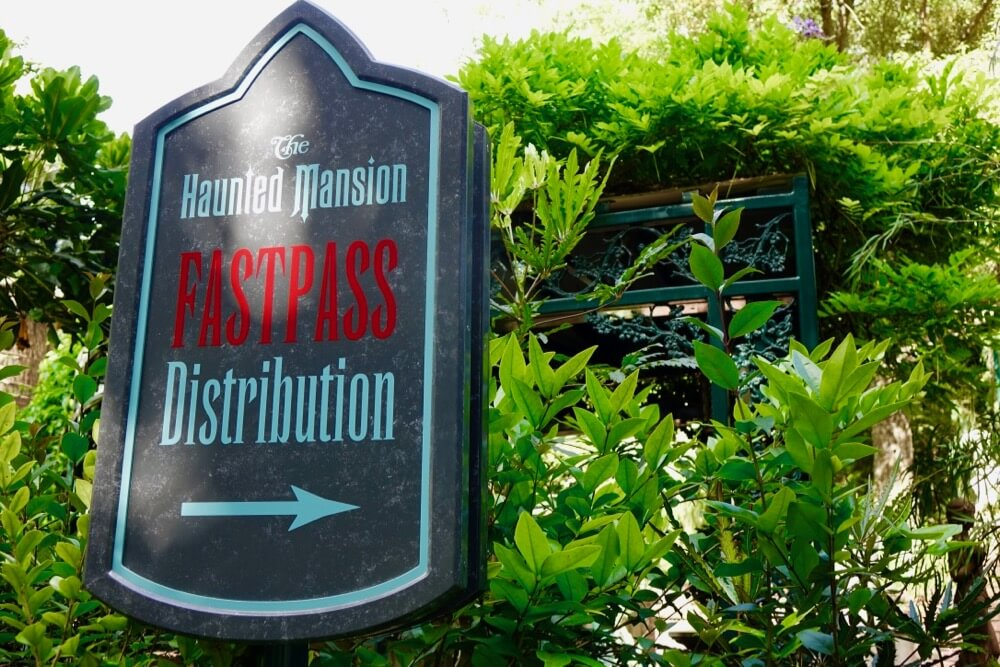 Maximize Your Time at Disneyland - Disneyland Haunted Mansion FASTPASS