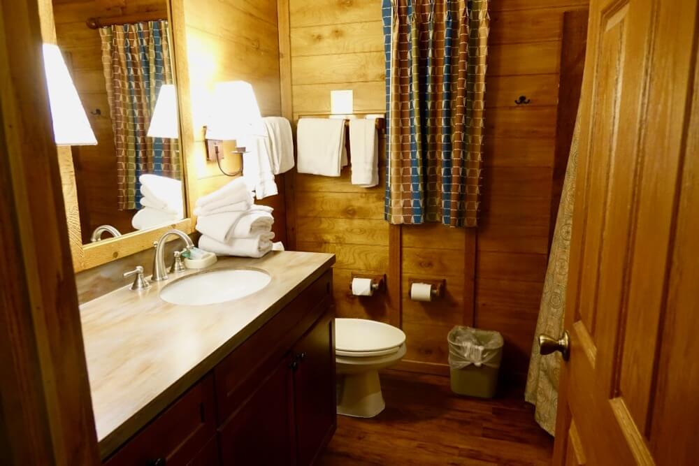 Fort Wilderness at Disney World - Ft Wilderness Cabin Bathroom