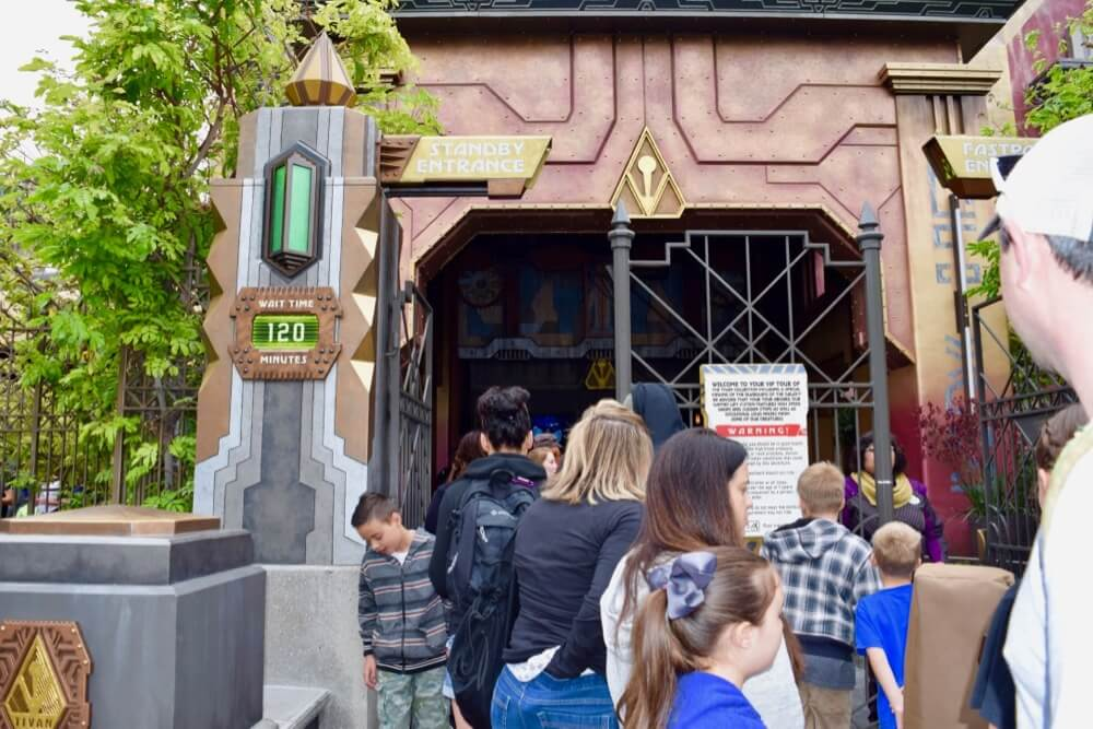 Tips for Summer of Heroes in Disney California Adventure - GotG Entrance Wait Time