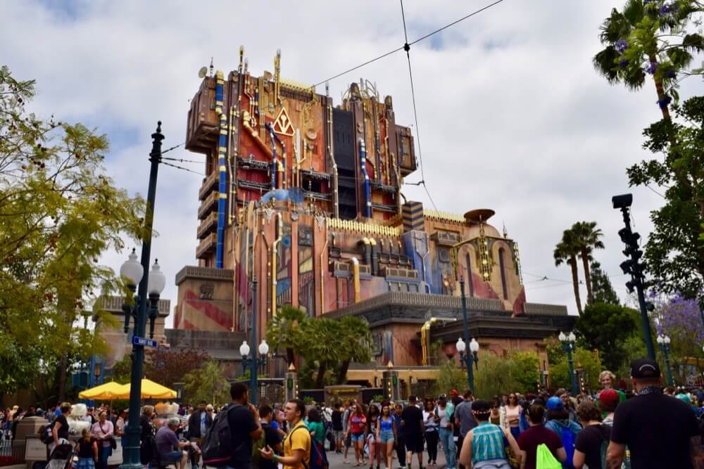 Best Time to Visit Disneyland in 2017 & 2018 - GotG: Mission - Breakout